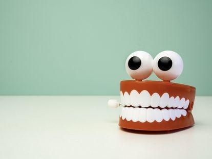 Tienes bruxismo y no lo sabes: estos son los síntomas de que aprietas los dientes por las noches