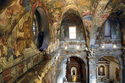 Interior de la iglesia de San Nicolás de Valencia.