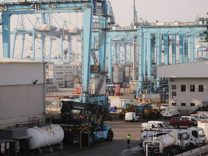 El puerto de Algeciras es uno de las infraestructuras portuarias que mueve más mercancías de Europa.