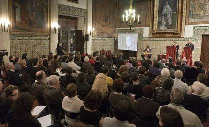Acte de lliurament dels premis literaris de Gandia l'any passat.