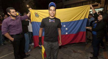 Beto Umaña, de 17 años, en la manifestación que él convocó