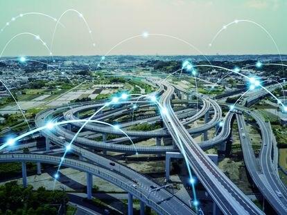 Los avances que supone el 5G permiten la gestión en la red de servicios tan críticos como las emergencias públicas o las redes ferroviarias.