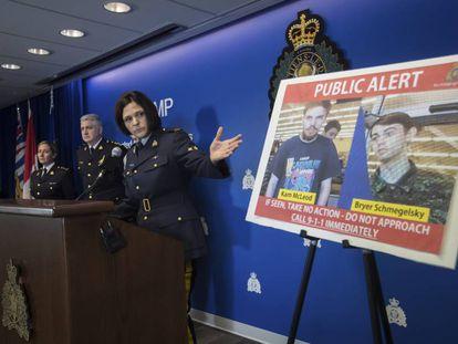 La policía canadiense muestra los rostros de McLeod y Schmegelsky tras activar la alerta de búsqueda.
