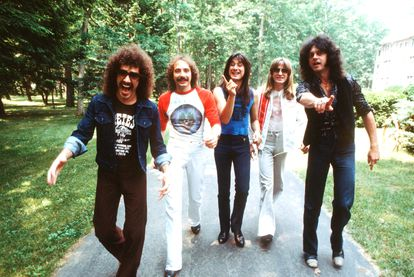Journey fotografiados en New York en junio de 1979. De izquierda a derecha, Neal Schon, Steve Smith, Steve Perry, Ross Valory y Gregg Rolie.