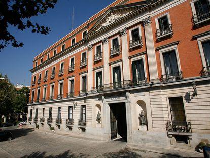 El Palacio de Buenavista, sede del Cuartel General del Ejército de Tierra, en Madrid.