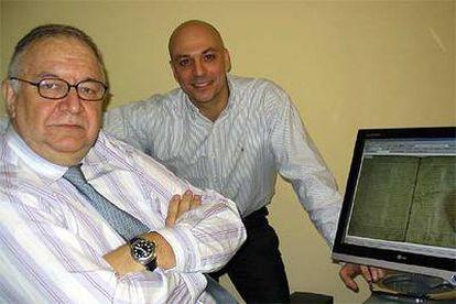 José Luis González, a la izquierda, y Karim Gherab.
