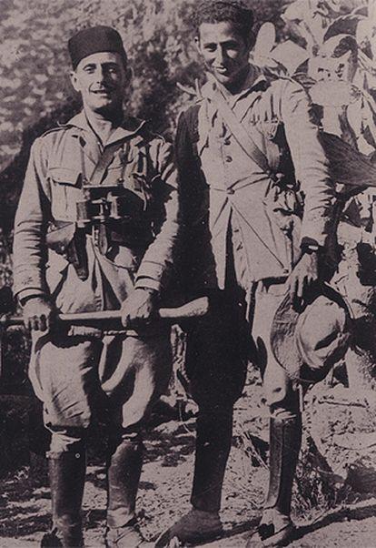 El capitán Mizzian (a la derecha), junto con Temprano, en noviembre de 1924.
