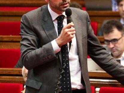 El consejero Santi Vila en el Parlament.