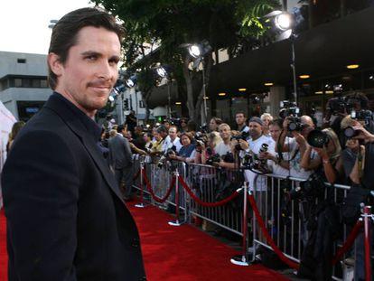 """""""Muchos actores me piden que les aconseje sobre cómo cambiar de peso. Realmente no hay mucho secreto en ello. Uno come más o menos, según las necesidades de la película"""", explica Christian Bale. En la imagen, el actor en el estreno de 'El tren de las 3:10' en Los Ángeles, en 2007."""