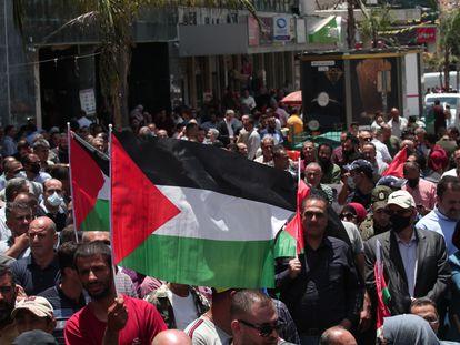 Banderas palestinas durante una manifestación contra la anexión israelí en Jericó.
