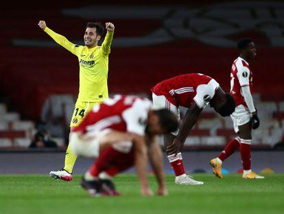 Manu Trigueros festeja tras eliminar al Arsenal en Londres.