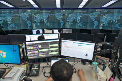 El centro de control de Ctrip, en Shanghái, recuerda a los de las agencias espaciales.