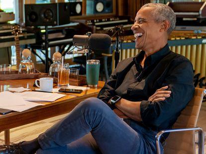 Barack Obama durante una grabación con Bruce Springsteen para un 'podcast' de Spotify, en Nueva Jersey.