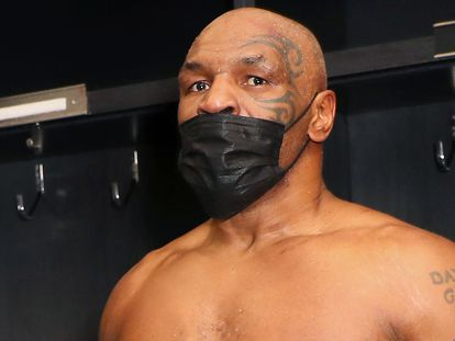 Mike Tyson después de su combate contra Roy Jones celebrado el pasado sábado en Los Ángeles.