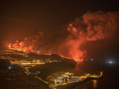 Volcán de La Palma, de noche.