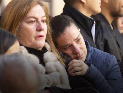 Familiares y amigos de la maestra María Assaf asistieron a una misa en su honor.