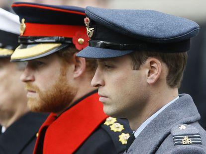 Enrique y Guillermo de Inglaterra, en noviembre de 2015 en Londres.