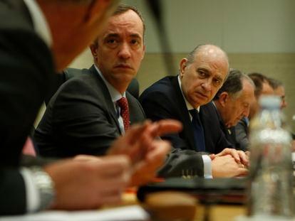 Francisco Martínez, ex secretario de Estado de Seguridad, y Jorge Fernandez Diaz, ex ministro del Interior.
