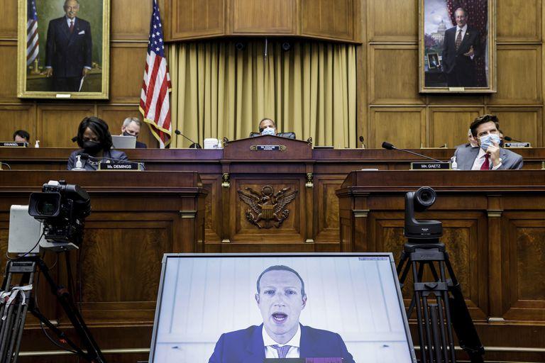 Mark Zuckerberg, durante una intervención por videoconferencia en una audiencia antimonopolio del Congreso de EE UU en julio.