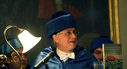 Richard Dawkins, en 2009, cuando fue investido doctor 'honoris causa' por la Universidad de Valencia.
