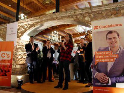 Carolina Punset, durante el acto de presentación de candidatos en Bétera.