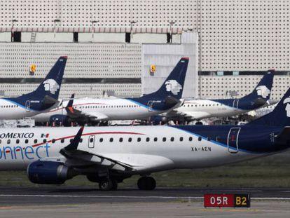 Aviones de Aeromexico en el aeropuerto de Ciudad de México