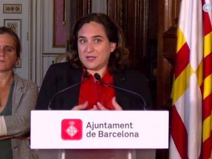 La alcaldesa de Barcelona, Ada Colau, y la consellera de Salut, Alba Vergés, en una comparecencia telemática.