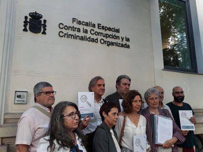 Denuncian en Anticorrupción el 'abuso' de los contratos menores en Sanidad por prevaricación, malversación y fraude.