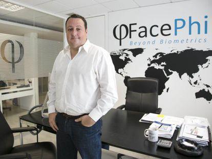 Salvador Martí, presidente de Facephi, en la sede de la empresa