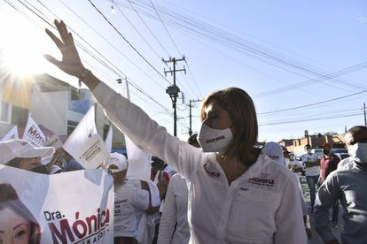 Mónica Rangel, candidata de Morena a la gubernatura de San Luís Potosí, en un mitin de campaña el pasado fin de semana.
