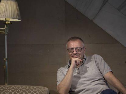 Daniel Monzón, este lunes en un hotel de la Gran Vía madrileña. VÍCTOR SAINZ Vídeo: Atlas