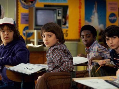 Ni los guionistas de 'Stranger Things' (en la imagen, sus protagonistas) podrían inventarse respuestas como la de estos alumnos españoles.