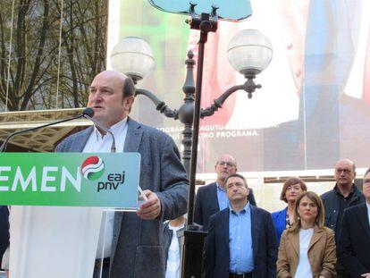 Andoni Ortuzar, en un acto electoral del PNV en Bilbao.