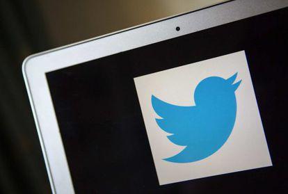 El logo de Twitter en un ordenador