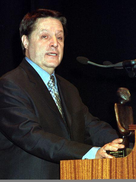 Jesús García de Dueñas, en un homenaje en 2002 en el Festival Ibérico de Cine, en Badajoz.