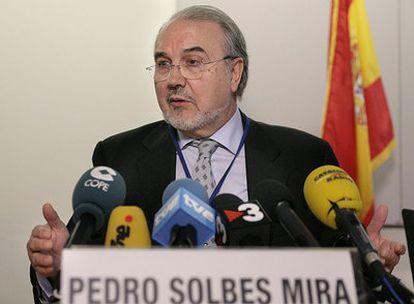 El vicepresidente segundo y ministro de Economía, Pedro Solbes, ayer en Washington.